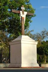 Cruz (monchor1a) Tags: sanfrancisco church mexico cross iglesia cybershot cruz r1 ramon guerrero moncho iguala atrio dscr1 monchor1 monchor1a