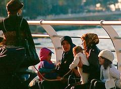 Sunday chat (fantyna) Tags: lebanon corniche beirut arabianwomen
