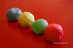 play-doh (plastilina)