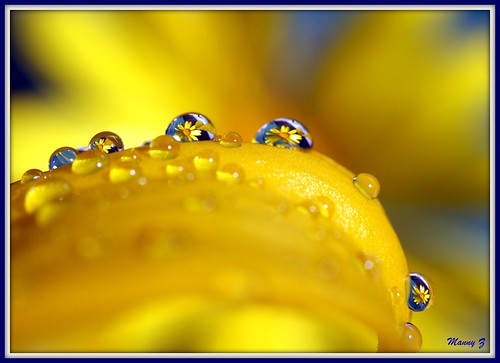 Playing with waterdrops
