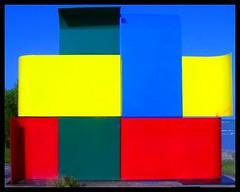 Colores básicos (xelhaverde) Tags: blue red abstract verde green art colors yellow azul arte colores escultura amarillo chetumal bahía colourartawards