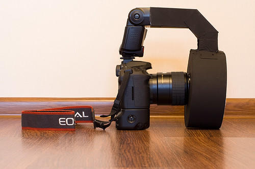 Canon EOS 40D Canon EF 100mm f/2.8 USM macro Speedlite 430EX flash DYI RingFlash