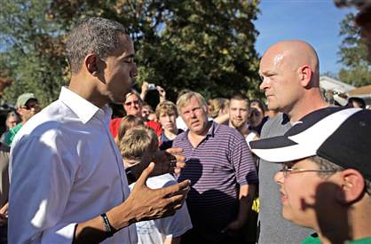 Joe the Plumber with Obama Courtesy of MSNBC.com