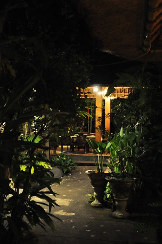 This cafe is a adept identify to chill together with relax Beaches in Bali: Cafe Wayan Ubud Bali