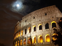 Coliseum under a full moon (powellboy) Tags: rome nightshot searchthebest kodak fullmoon coliseum dx7590 extendedexposure historicallandmark abigfave aplusphoto tenandten