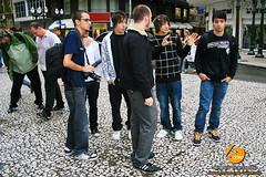 Making of - NX ZERO (venanciofilho) Tags: brazil canon banda ensaio pessoas centro dani curitiba di grupo pr fi gee f11 caco 30d calçadão nx cesinha ruaxv césarovalle venânciovicentefilho bocamaldita nxzero sessãodefotos fonzefotografia nexozero