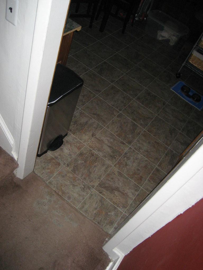 051108 - Kitchen Doorway 1