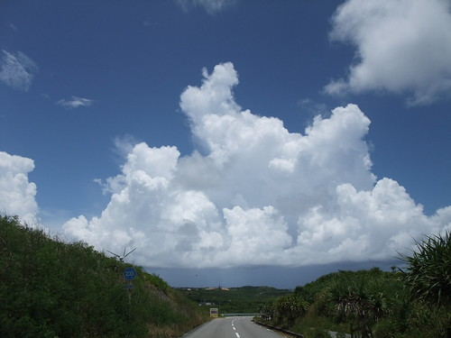 宮古島の入道雲
