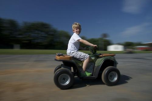summer playground kids canon eos