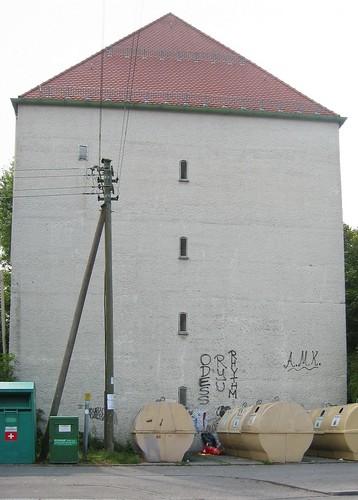 Hochbunker an der Volksschule Allach (Sep Ruf)