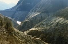 Diga Valle Verzasca (pardobar) Tags: ticino diga verzasca valleverzasca
