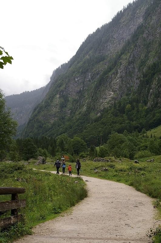 國王湖45_一家大小一起去hiking.jpg