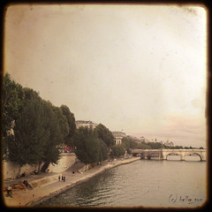 Pont (belle_vue_) Tags: city bw paris france vintage photo mood memories ciel textured atqueartificia texturesquared