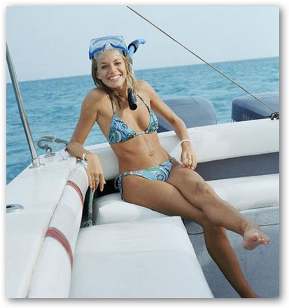 Sienna Miller Ready for Scuba Diving