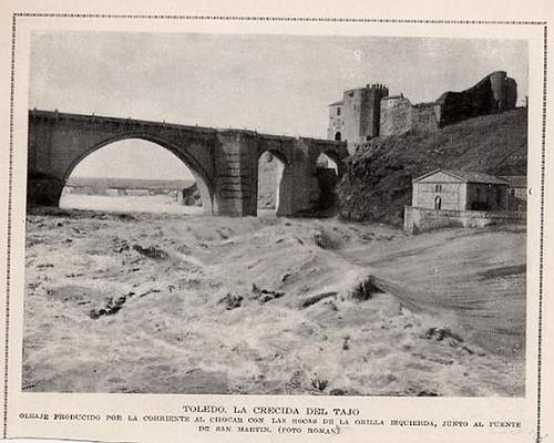 Gran crecida del Tajo en 1924 a su paso por el Puente de San Martín de Toledo