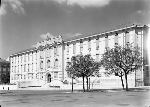 Maternidade Alfredo da Costa, Lisboa (M.Novais, s.d.)