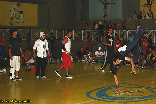 Hip-Hop Batalha 35 por você.