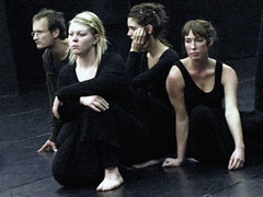 Electra  6759b (Lieven SOETE) Tags: woman art greek donna mujer theater theatre femme performance young dramatic bruxelles tragedy frau 2008 brussel electra junge joven jeune molenbeek sophocles  giovane kleineacademie  lievensoete