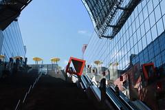 Kyoto Station (D.M.C.M ) Tags: reflection station japan kyoto asia gare escalator terrasse reflet   asie japo kansai japon nihon  ajia    japn  canon450d dmcm japn hansha