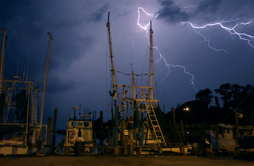 Lightning Over Harbor-040619-P-2533P-E-0017
