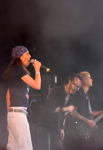 merliniski-amphi 2008-cologne-Band Project Pitchfork feat. Sara Noxx