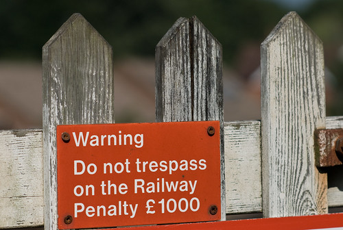 Warning. Do not trespass on the railway