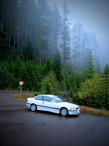 bmw e36 m3 in the fog