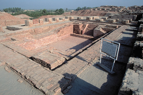... who took an effort to essay the untold story of 'Mohenjo Daro