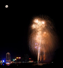 gold show with moon over looking (EpicFireworks) Tags: party fireworks bonfire pyro bang 13g loud pyrotechnics epicfireworks