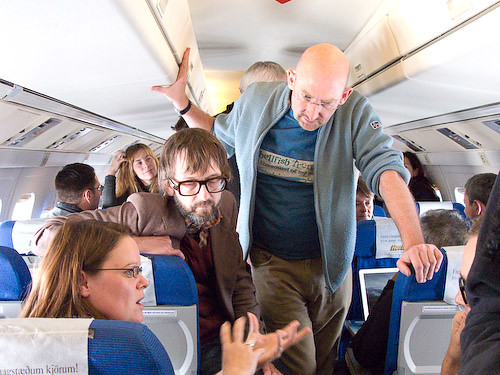 Carol Cotterill and Quentin Cooper talk science with Jarvis Cocker on the flight to Greenland