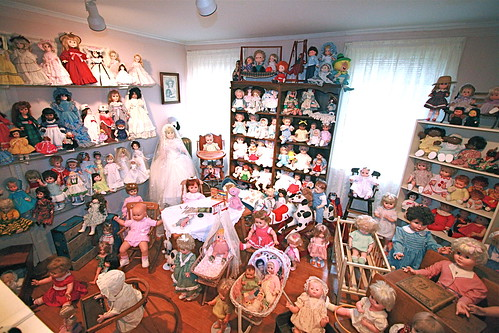 scary dollhouse