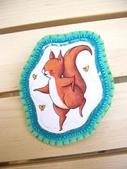 squirrelbrooch01