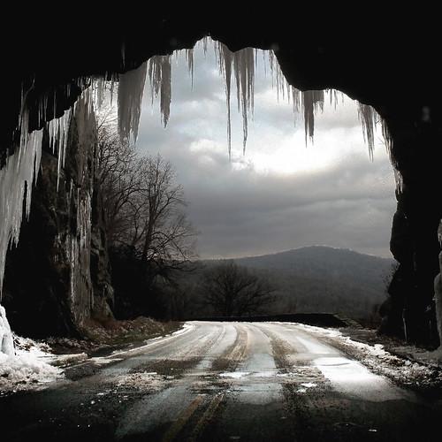 Caverna do Oráculo de Delfos 3046900110_69e359653f
