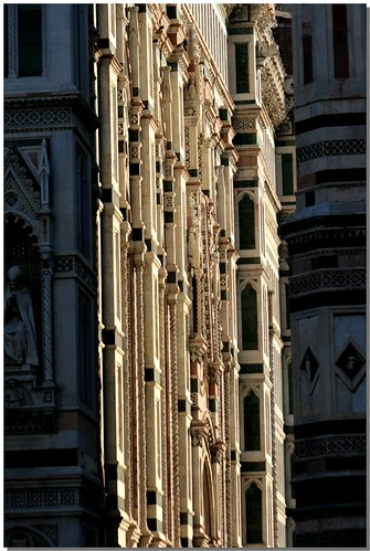 """Scorcio del Duomo • <a style=""""font-size:0.8em;"""" href=""""http://www.flickr.com/photos/49106436@N00/3079286193/"""" target=""""_blank"""">View on Flickr</a>"""