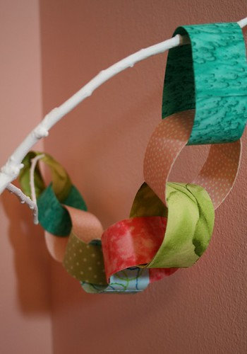 fabric (paper) chain