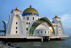 Masjid Pulau Melaka (cahayanika) Tags: malaysia pulau melaka masjid pantai bandar dunia warisan tepi terapung bandaraya bersejarah zhee cahayanika