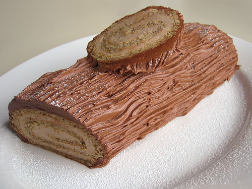 Flourless Yule log