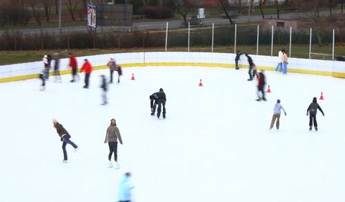 Karácsonyi korcsolyázás