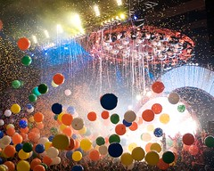 Flaming Lips New Years Eve Freakout (by legalnonresident)