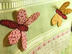 kelebek aplikeli havlu kenarı