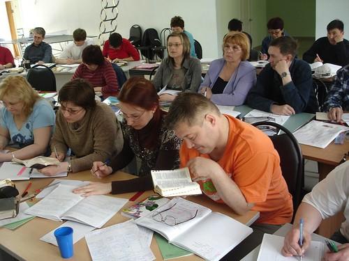 În clasă la sesiunea Apocalipsa din Ungut