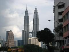 The Petronas Towers (Miles To Memories) Tags: travel petronas towers malaysia twintowers kualalumpur rtw lumpur petronastowers coomer familyrtw