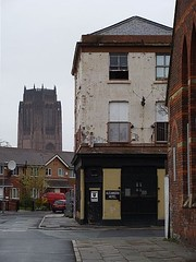 Former Alexandra pub, Upper Hill Street/Gibson Street, Liverpool. (philipgmayer) Tags: liverpool pub cathedral 1000 toxteth princesavenueroad