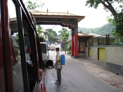 Border crossing between West Bengal and Sikkim