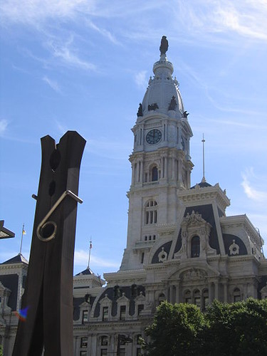 450px-City_hall_and_clothespin