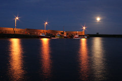 Moonlight, Loughshinny Harbour (Declan Geraghty) Tags: ireland sea dublin mer seascape port reflections harbour bateaux moonlight lanscape fingal clairdelune loughshinny portdepche paysagemarin loughshinnyharbour bateauxdepches