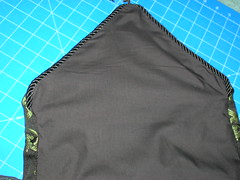 Making a messenger bag with a tablerunner (7)