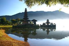 Pura Ulun Danau Bratan (hapulcu) Tags: bali indonesia bratan lakebratan blueribbonwinner danaubratan beautifulbali absolutelystunningscapes