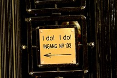 I do! I do! (Gert *1957*) Tags: door holland amsterdam canon entrance nederland picasa ingang deur idoido