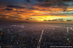 Taipei City at Sunset  from Taipei 101 Observatory Sep. 22, 2008 (*Yueh-Hua 2013) Tags: city trip sunset sky cloud building tourism beautiful architecture canon spectacular landscape eos amazing cityscape tour view superb sightseeing taiwan 101 observatory taipei taipei101   tamron   cpl 30d   101   a16        circularpl canoneos30d horizontalphotograph tamronspaf1750mmf28xrdiii taipei101observatory    bwmrccpl    2008september  lookdownfromabove